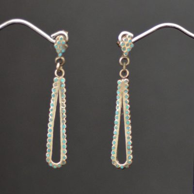 Dainty & Fine Dishta Style Earrings