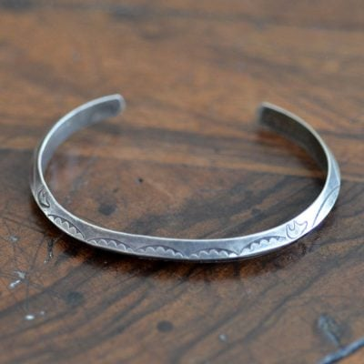 Silver Tri Sided Bracelet With Bears