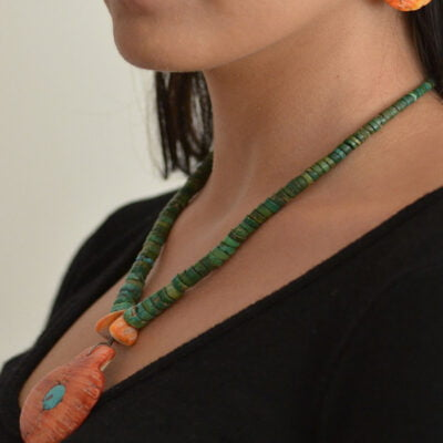 Santo Domingo Shell Necklace and Earrings